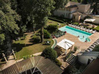 Donini SPA Esterno villa e piscina