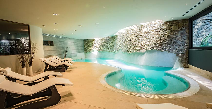 Donini SPA piscina interna