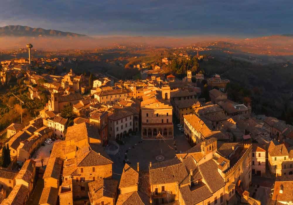 Montefalco vista panoramica - Borghi Umbria
