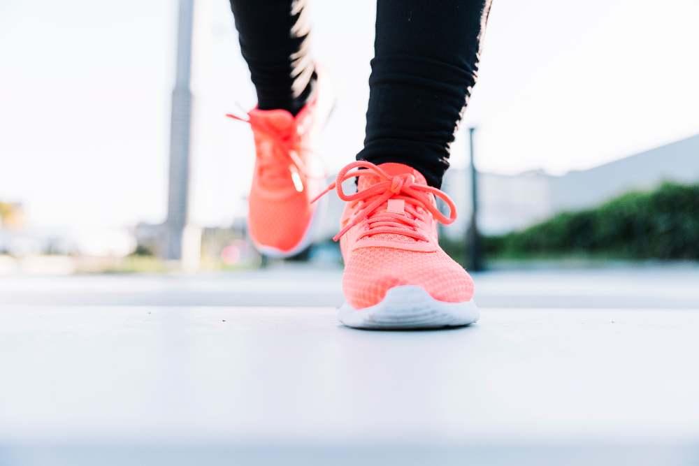Gambe che corrono - perdere peso: 6 trucchi per farlo in modo sano