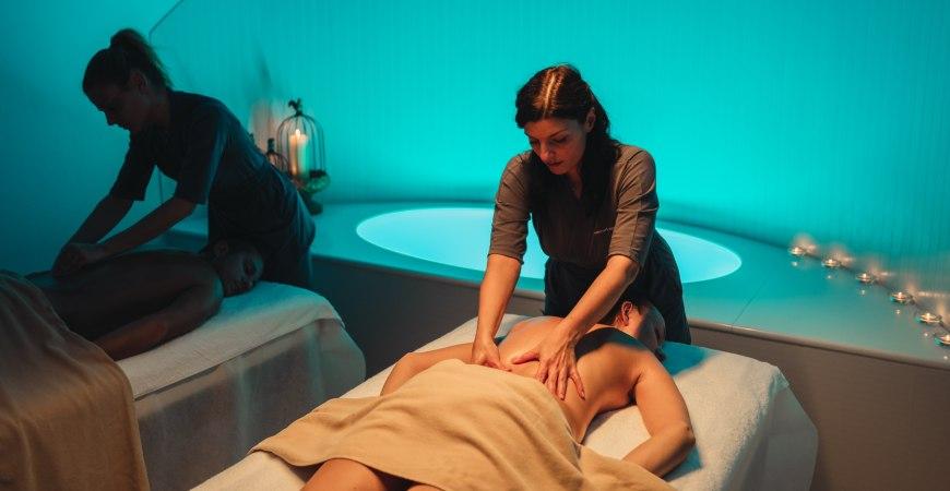 Massaggio di coppia al centro benessere di Valle di Assisi Hotel SPA & Resort